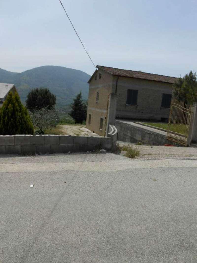 Rustico / Casale in vendita a Sant'Agata De' Goti, 3 locali, prezzo € 150.000 | Cambio Casa.it