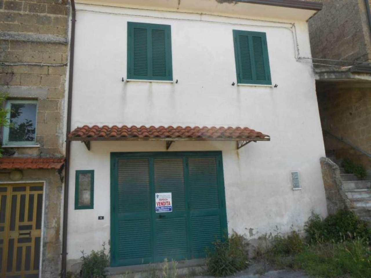 Soluzione Indipendente in vendita a Sant'Agata De' Goti, 11 locali, prezzo € 215.000 | CambioCasa.it