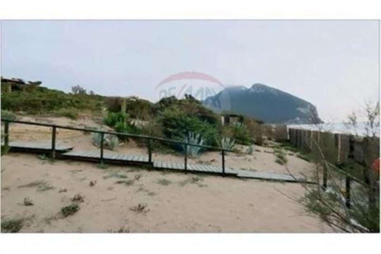 Villa in vendita a Sabaudia, 16 locali, prezzo € 8.500.000 | Cambio Casa.it