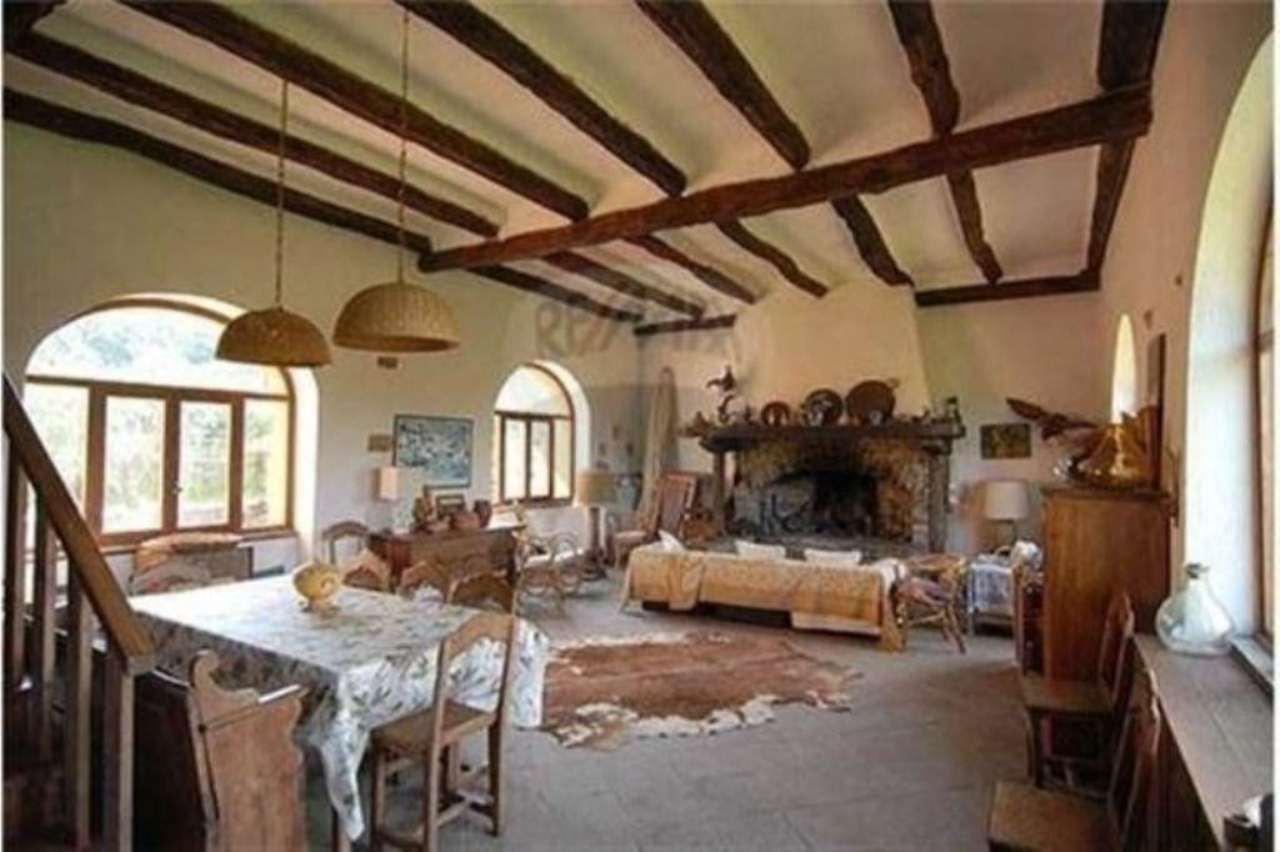 Soluzione Indipendente in vendita a Cavatore, 6 locali, prezzo € 595.000 | Cambio Casa.it
