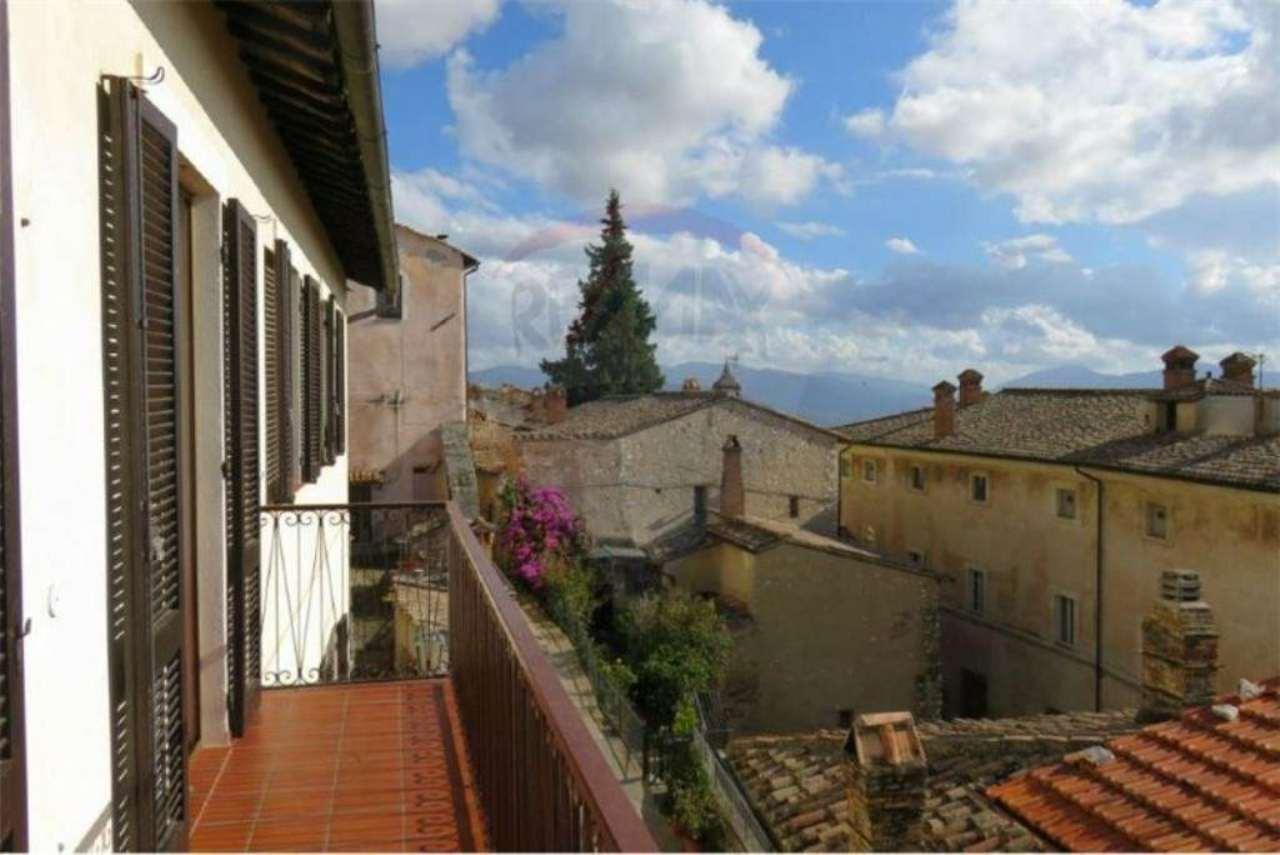 Soluzione Indipendente in vendita a Terni, 10 locali, prezzo € 445.000 | Cambio Casa.it