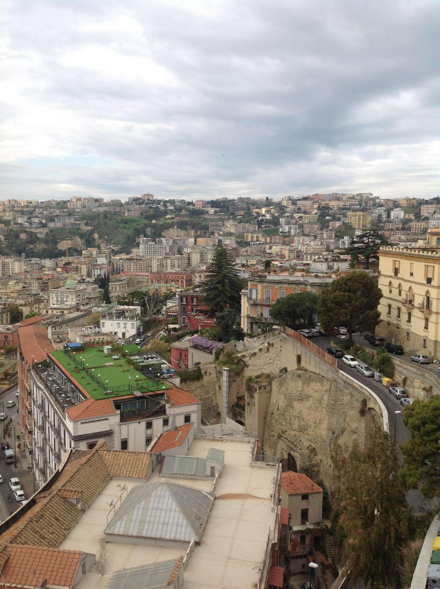 Bilocale Napoli Via Del Parco Grifeo 2