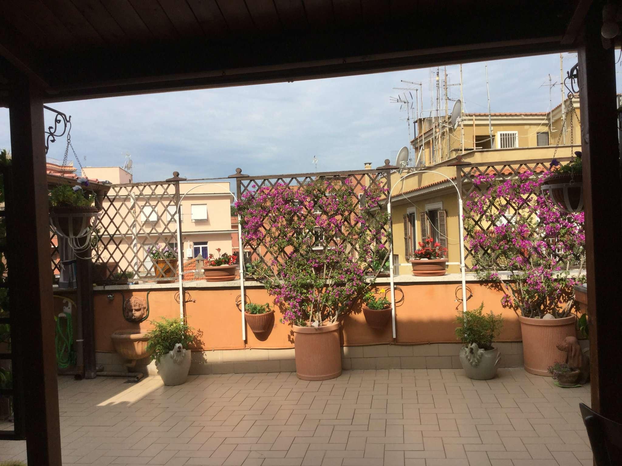 Trilocale in affitto a Roma in Via Pietro Cartoni