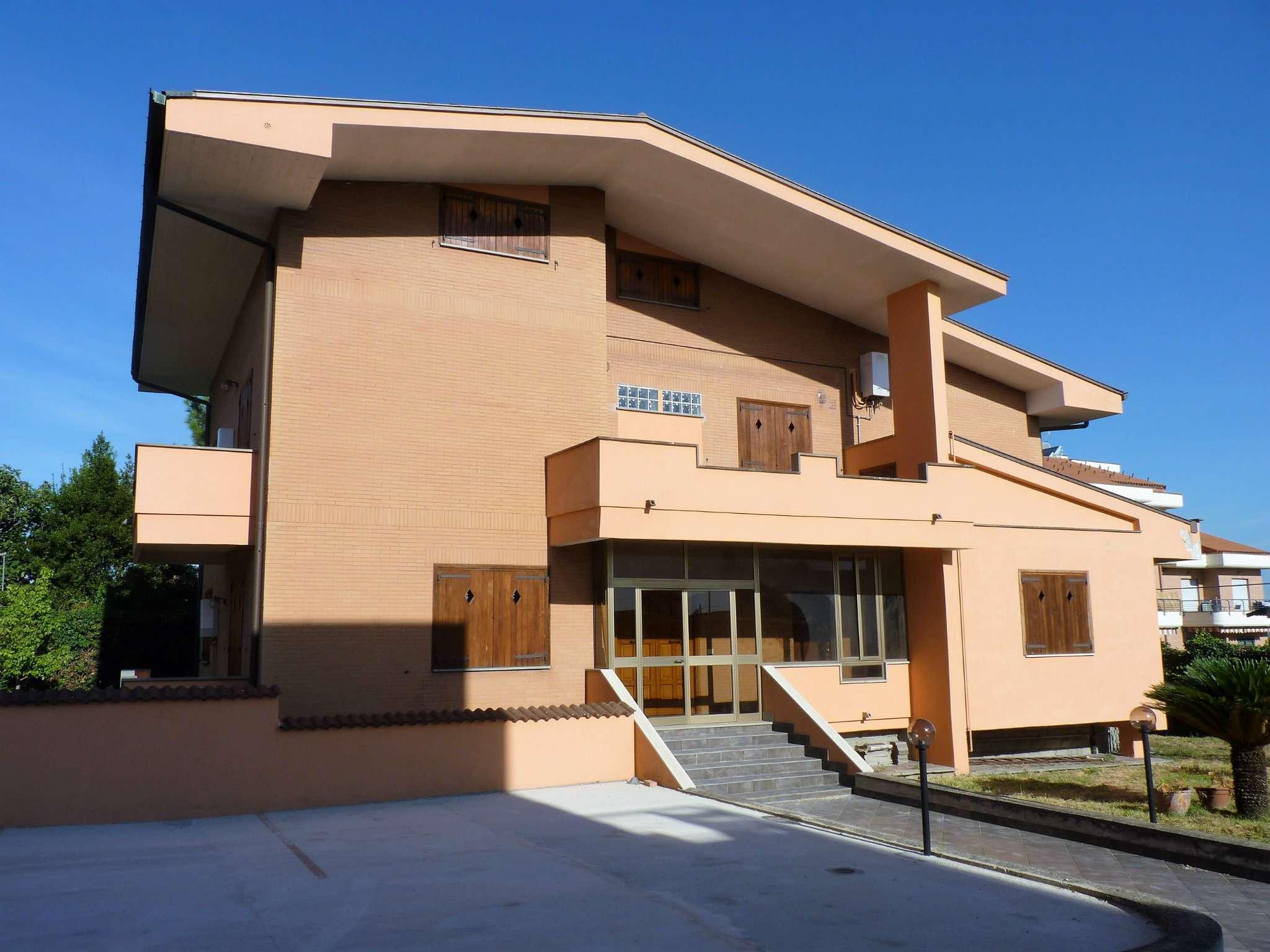 Monolocale in affitto a Roma in Via Torregrotta
