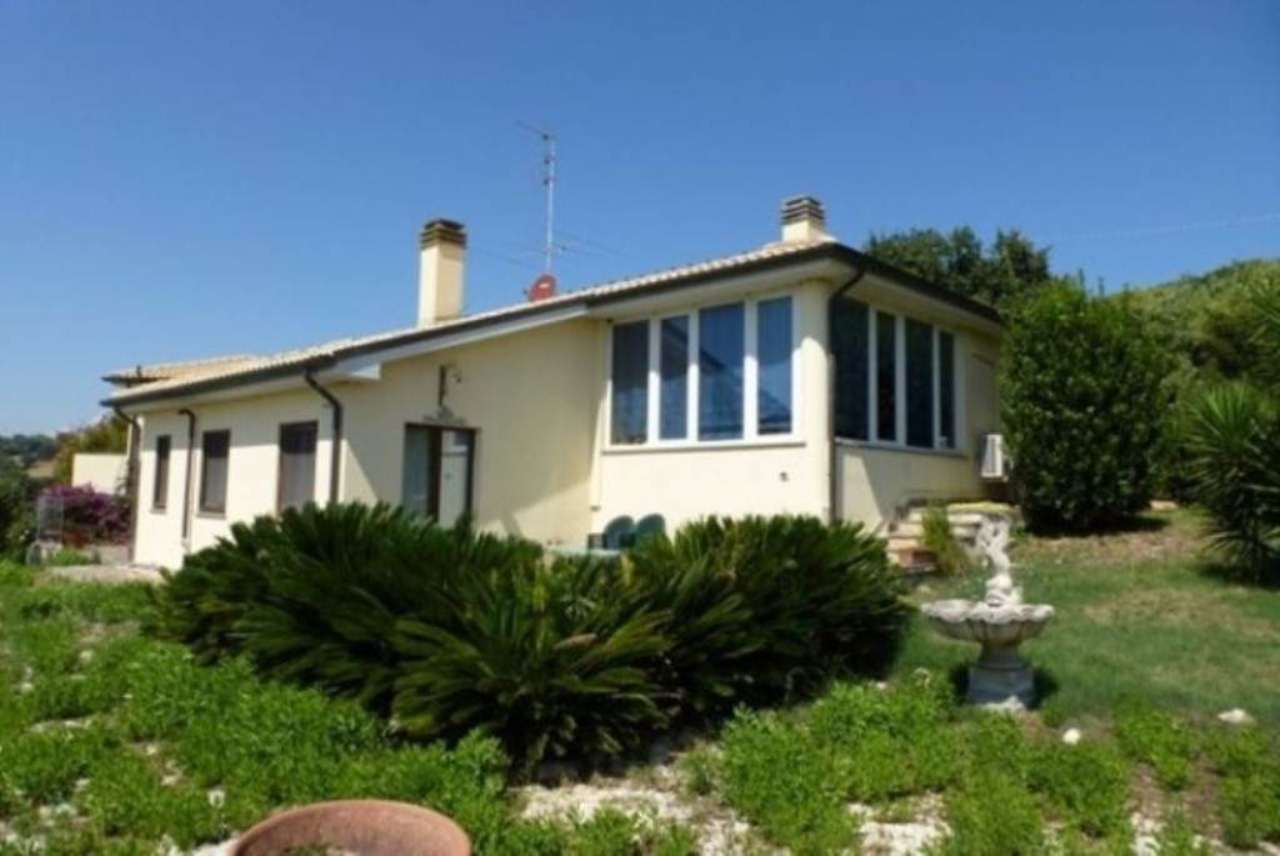 Villa in Vendita a Porto Recanati