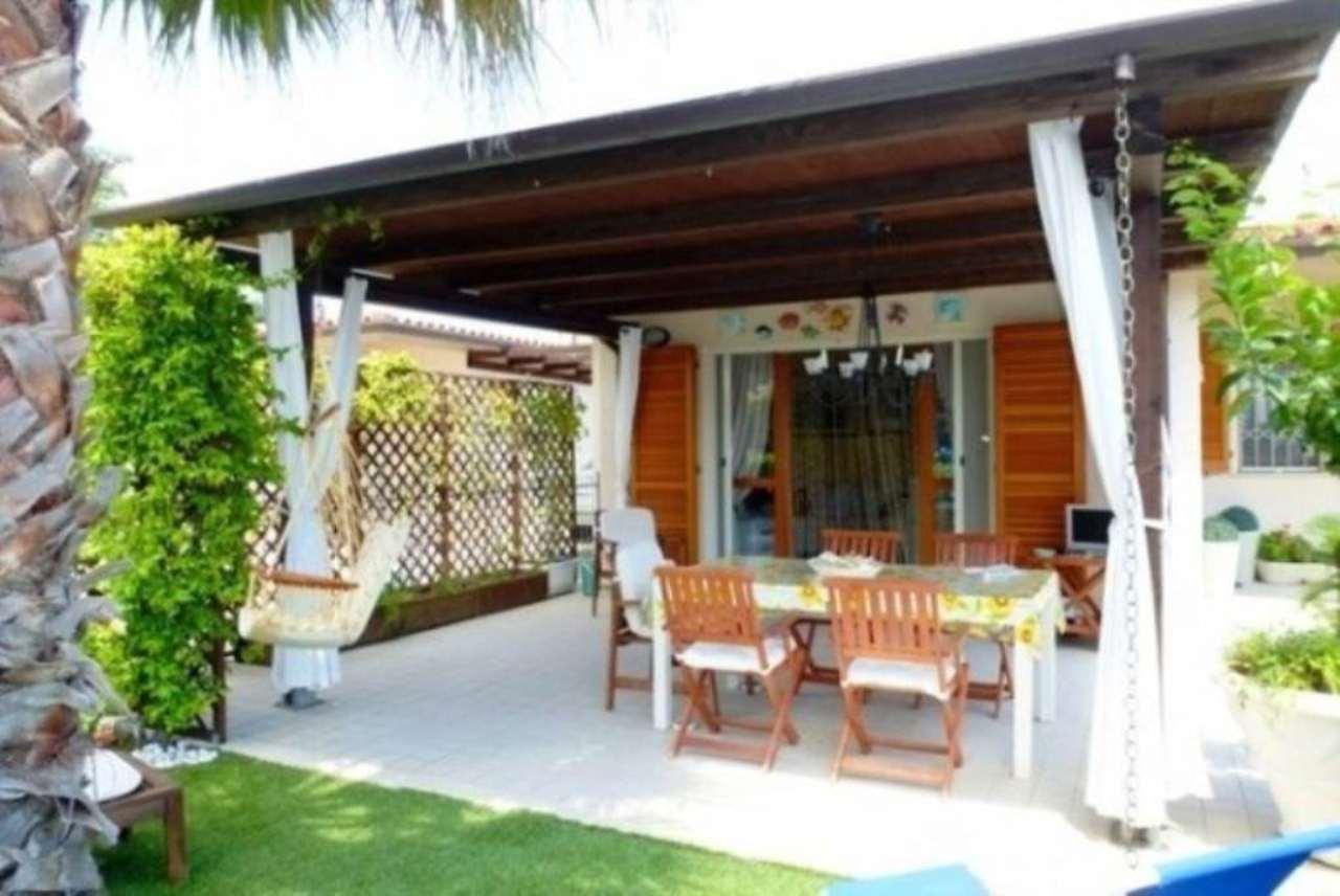 Villa in vendita a Numana, 3 locali, prezzo € 295.000 | Cambio Casa.it