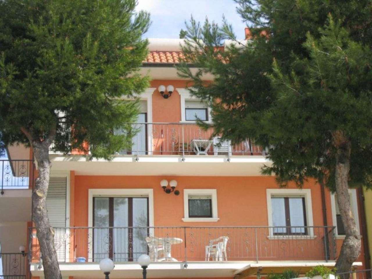 Appartamento in vendita a Numana, 3 locali, prezzo € 135.000 | Cambio Casa.it