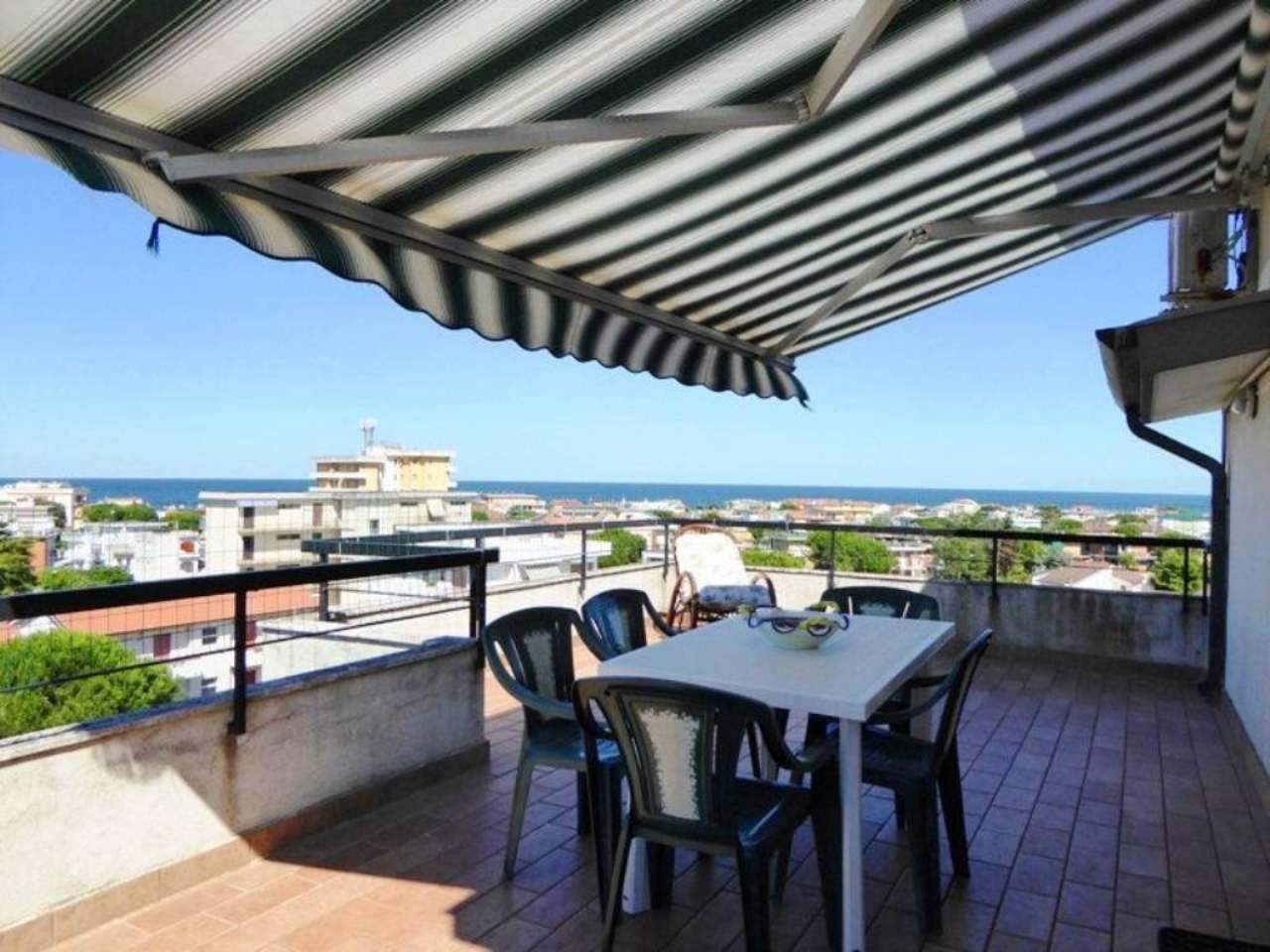 Appartamento in vendita a Numana, 3 locali, prezzo € 160.000 | Cambio Casa.it