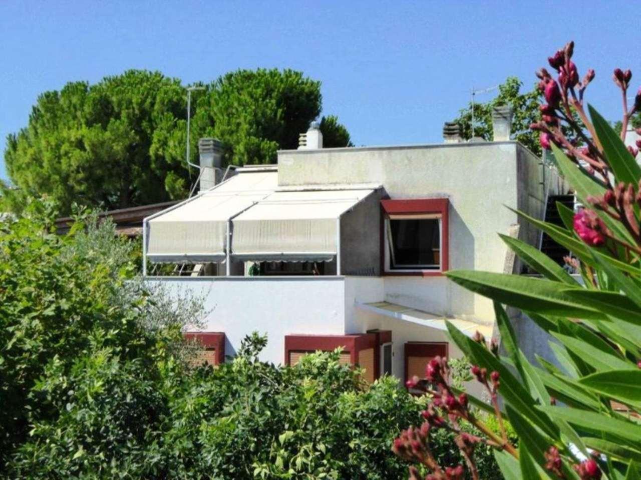 Appartamento in vendita a Numana, 5 locali, prezzo € 179.000 | CambioCasa.it