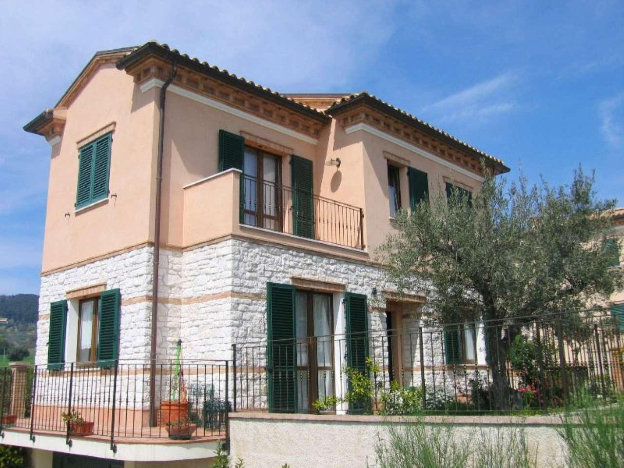 Villa in vendita a Sirolo, 6 locali, prezzo € 320.000 | Cambio Casa.it