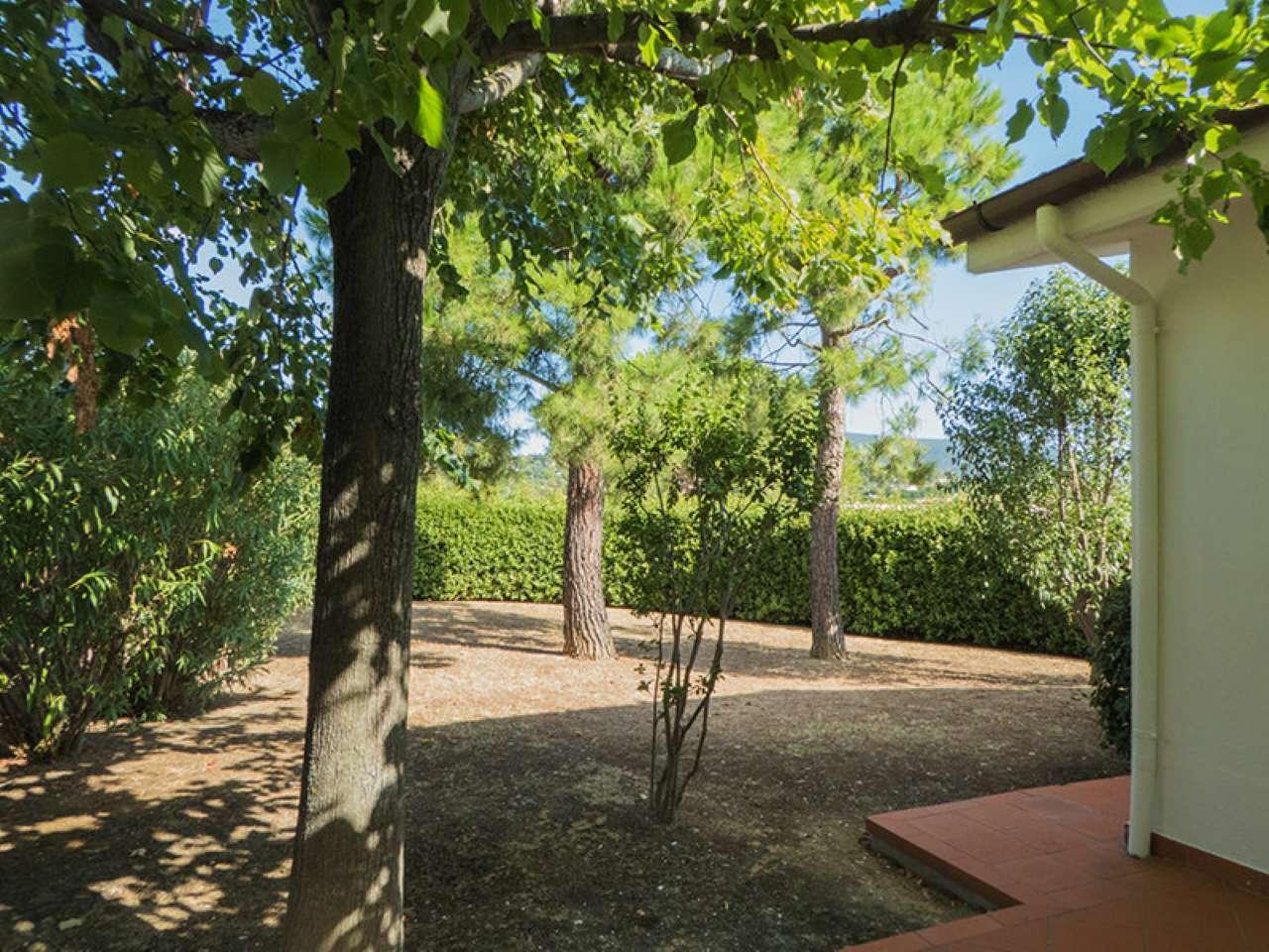 Villa in vendita a Numana, 5 locali, prezzo € 190.000 | CambioCasa.it