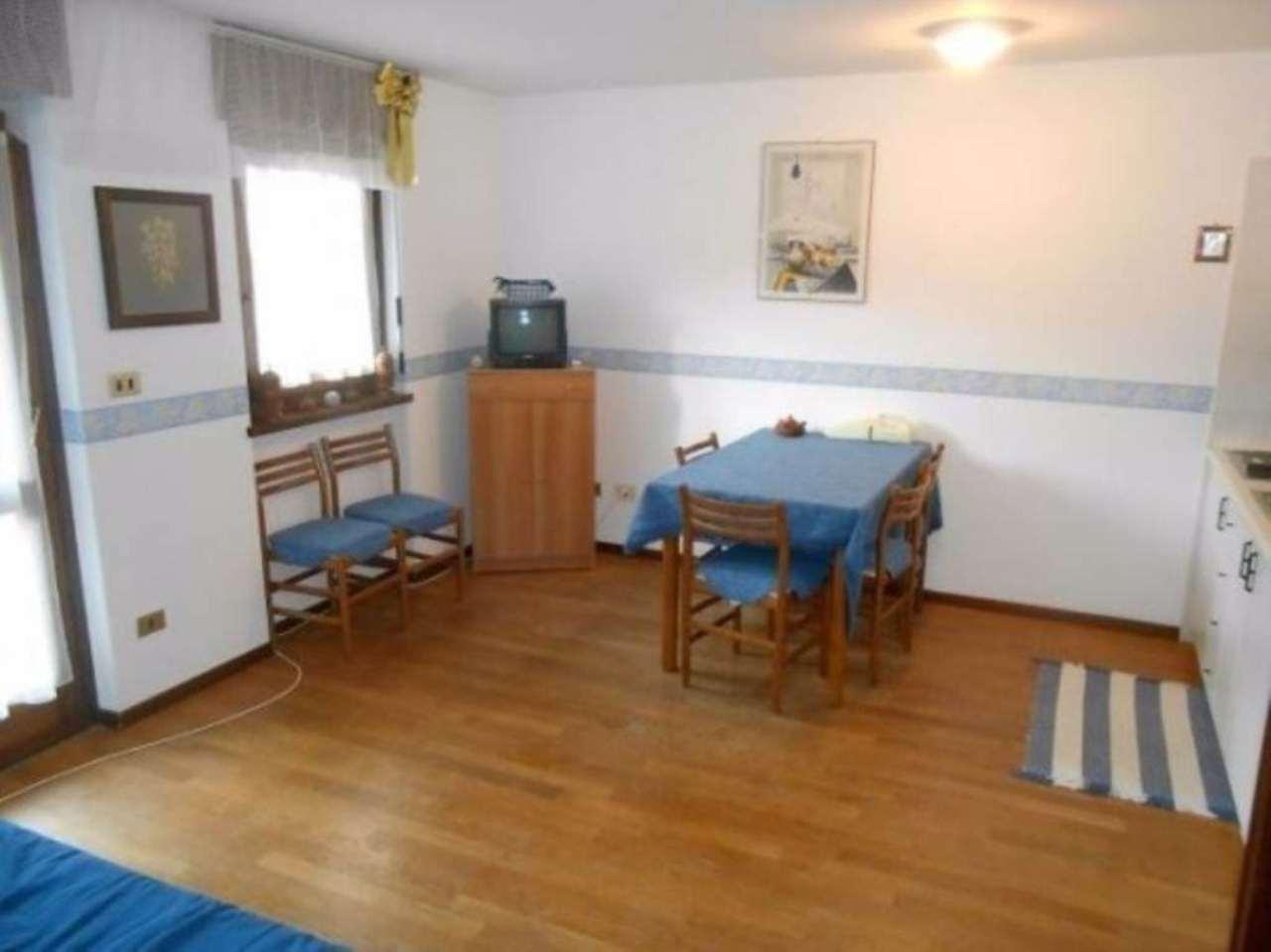 Appartamento in vendita a Gressan, 2 locali, prezzo € 130.000 | Cambio Casa.it