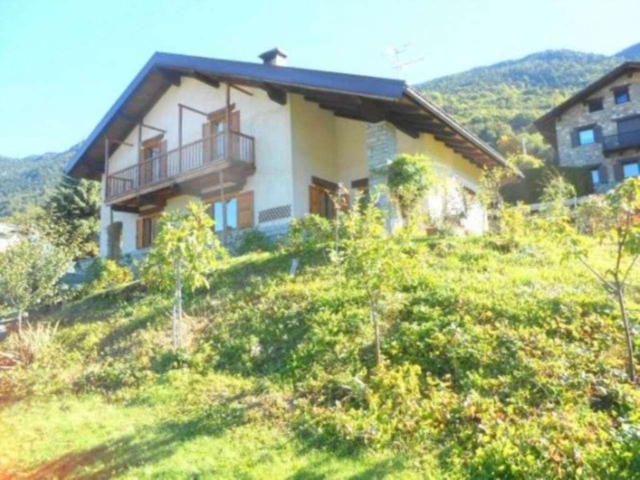 Villa in Vendita a Roisan
