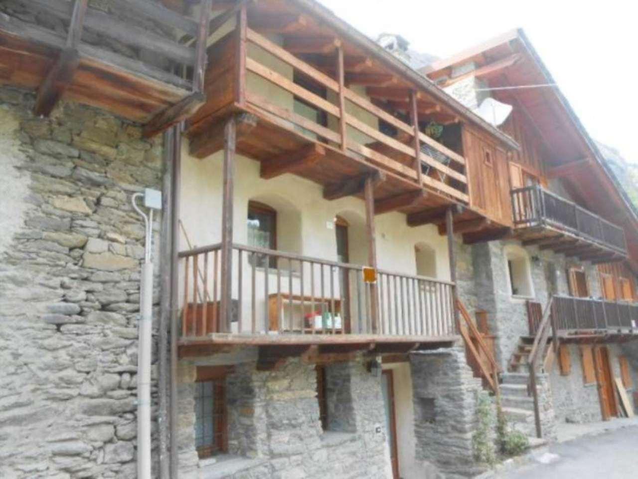 Rustico / Casale in vendita a Rhemes-Saint-Georges, 2 locali, prezzo € 140.000 | CambioCasa.it