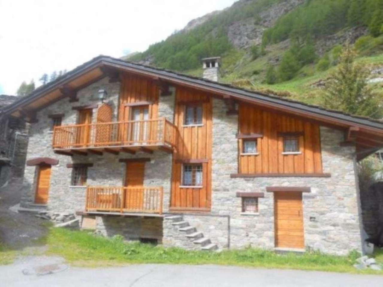 Appartamento in vendita a Rhemes-Saint-Georges, 4 locali, prezzo € 195.000 | CambioCasa.it