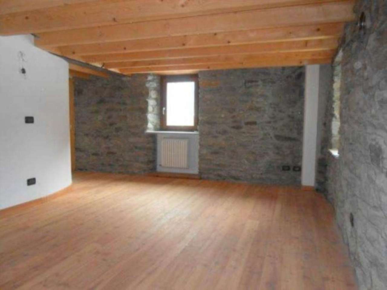 Rustico / Casale in vendita a Saint-Rhemy-En-Bosses, 1 locali, prezzo € 80.000 | Cambio Casa.it