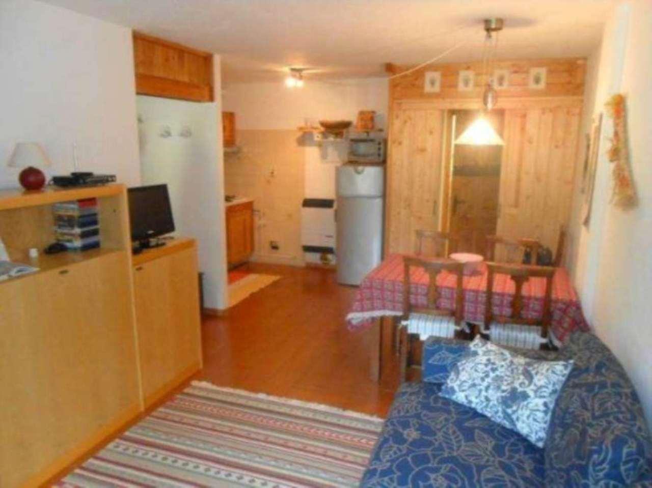 Appartamento in vendita a Saint-Oyen, 3 locali, prezzo € 135.000 | Cambio Casa.it