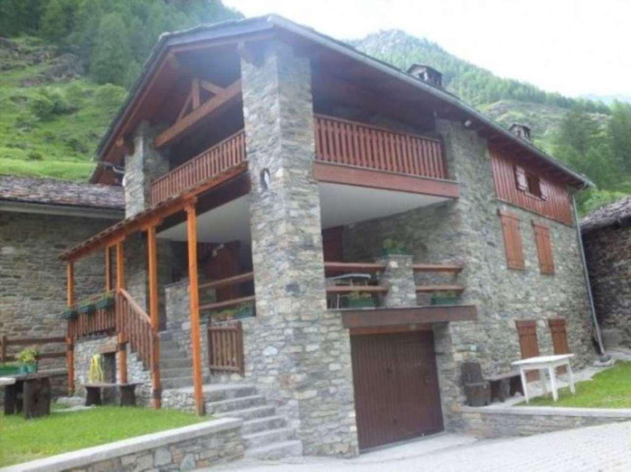 Appartamento in vendita a Rhemes-Notre-Dame, 4 locali, prezzo € 380.000 | Cambio Casa.it