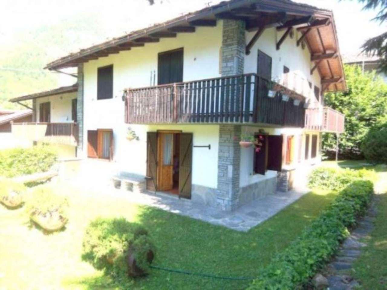 Appartamento in vendita a Courmayeur, 2 locali, prezzo € 370.000 | Cambio Casa.it