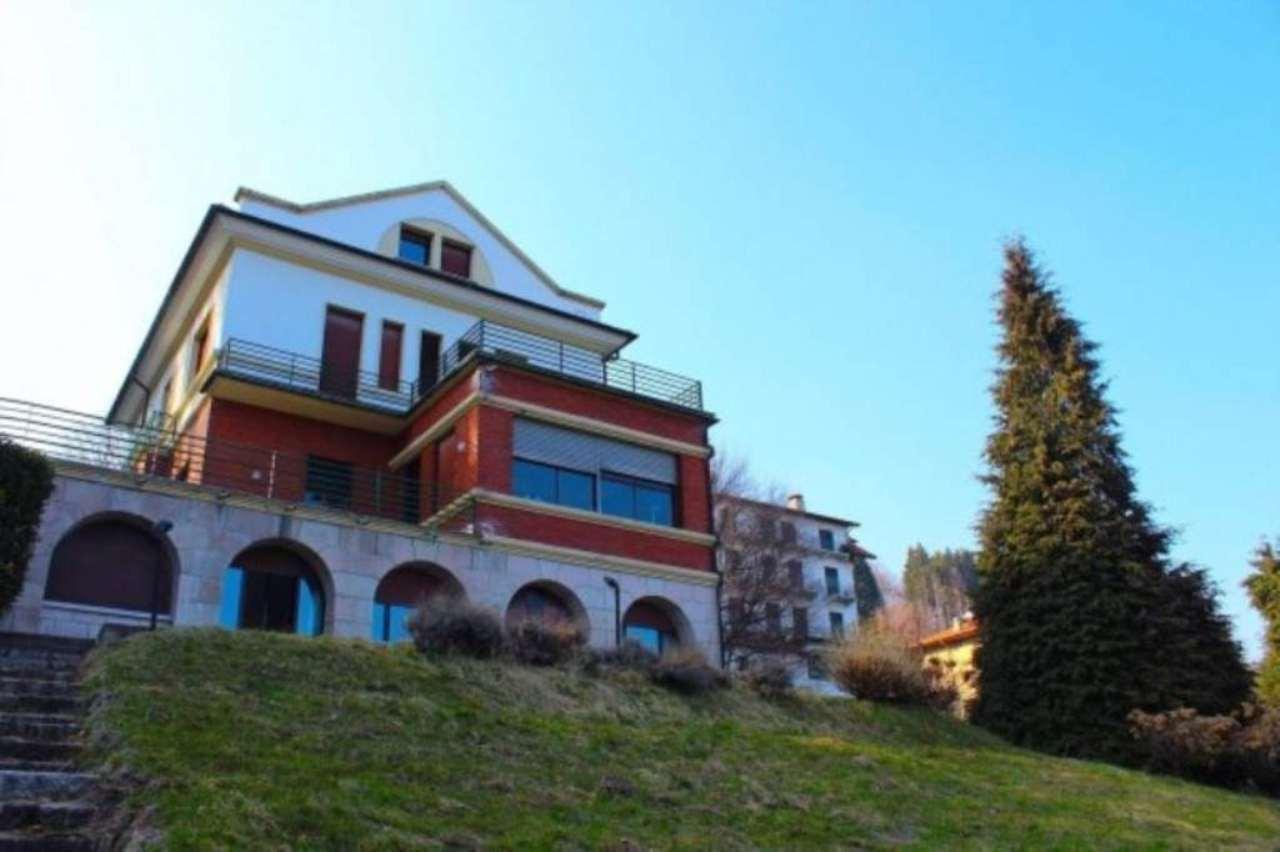 Villa in vendita a Gignese, 6 locali, prezzo € 1.500.000 | Cambio Casa.it