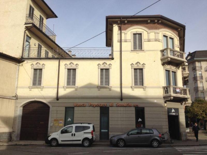 Ufficio / Studio in affitto a Busto Arsizio, 3 locali, prezzo € 600 | Cambio Casa.it