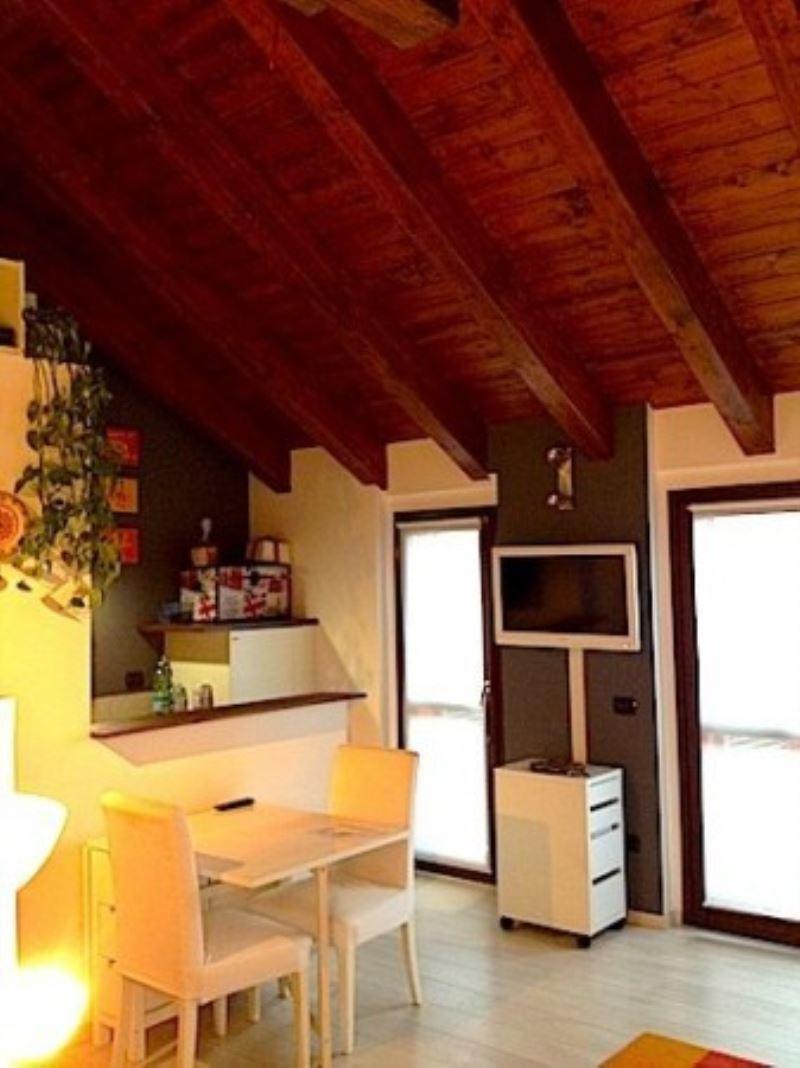 Attico / Mansarda in vendita a Marnate, 2 locali, prezzo € 108.000 | Cambio Casa.it