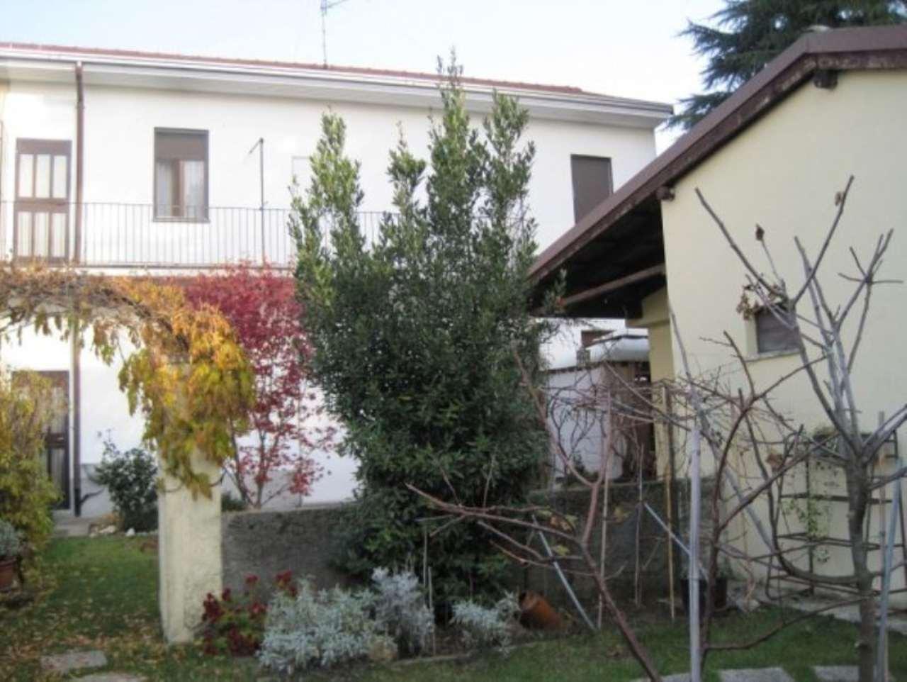 Soluzione Indipendente in vendita a Magnago, 4 locali, prezzo € 180.000 | Cambio Casa.it