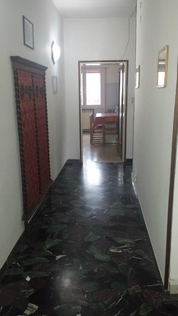 Appartamento in vendita a Venezia, 4 locali, zona Zona: 11 . Mestre, prezzo € 100.000 | Cambio Casa.it