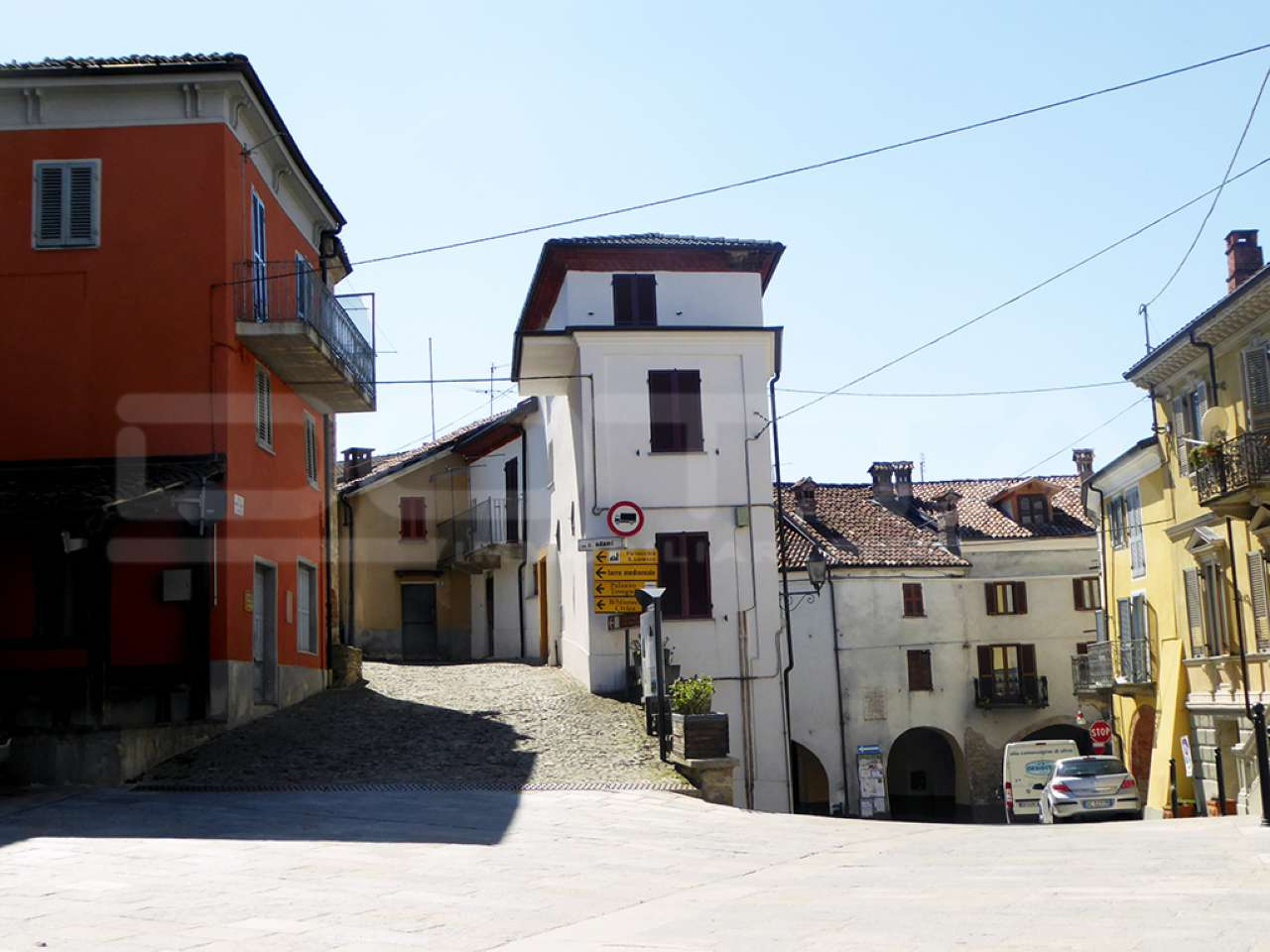 Murazzano Vendita CASALE / RUSTICO / CASA / CASCINA Immagine 3