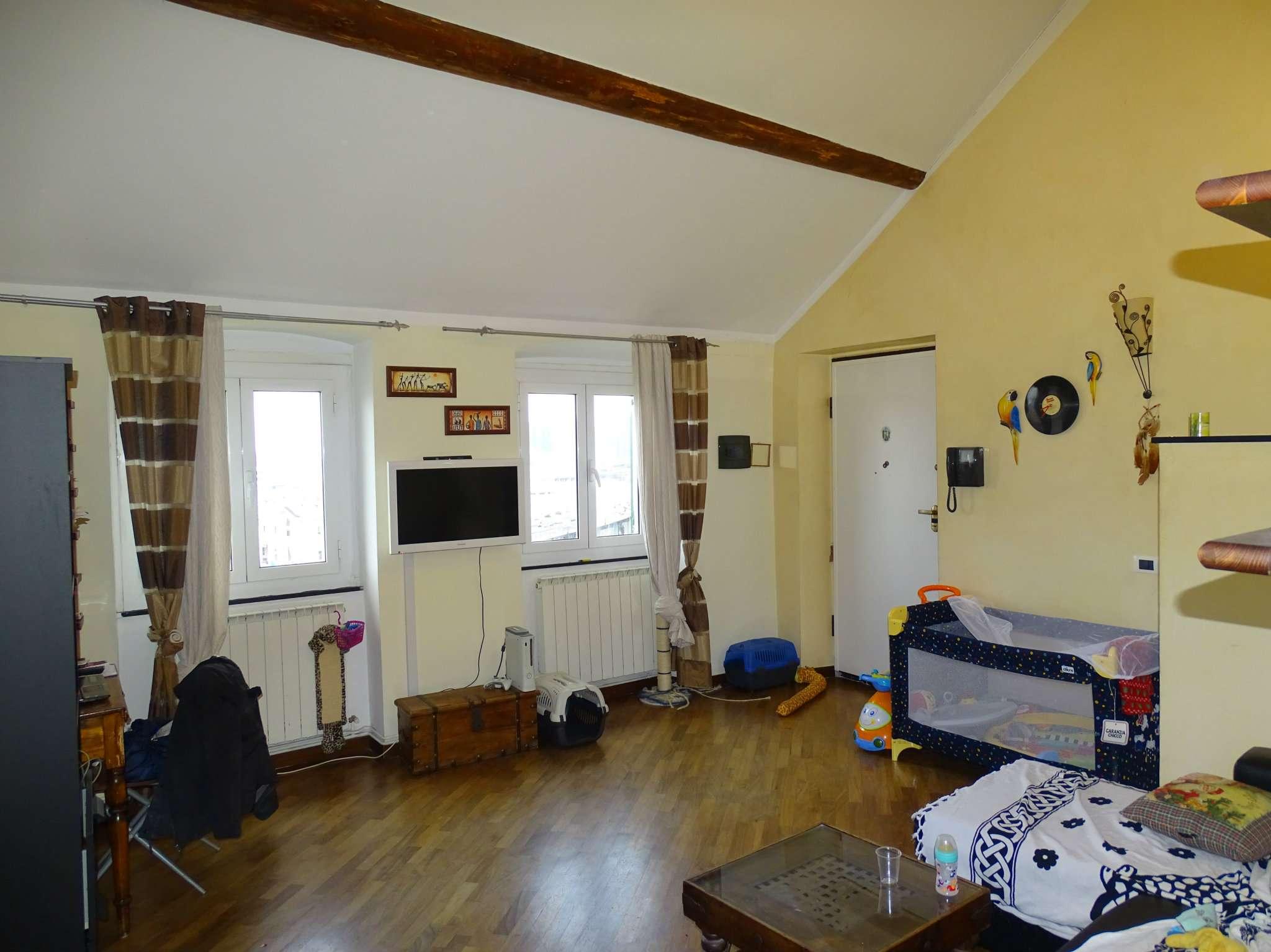 Attico / Mansarda in affitto a Genova, 3 locali, prezzo € 550 | Cambio Casa.it