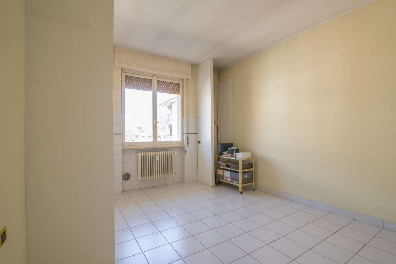 Appartamento in vendita a Cassano d'Adda, 2 locali, prezzo € 60.000 | CambioCasa.it