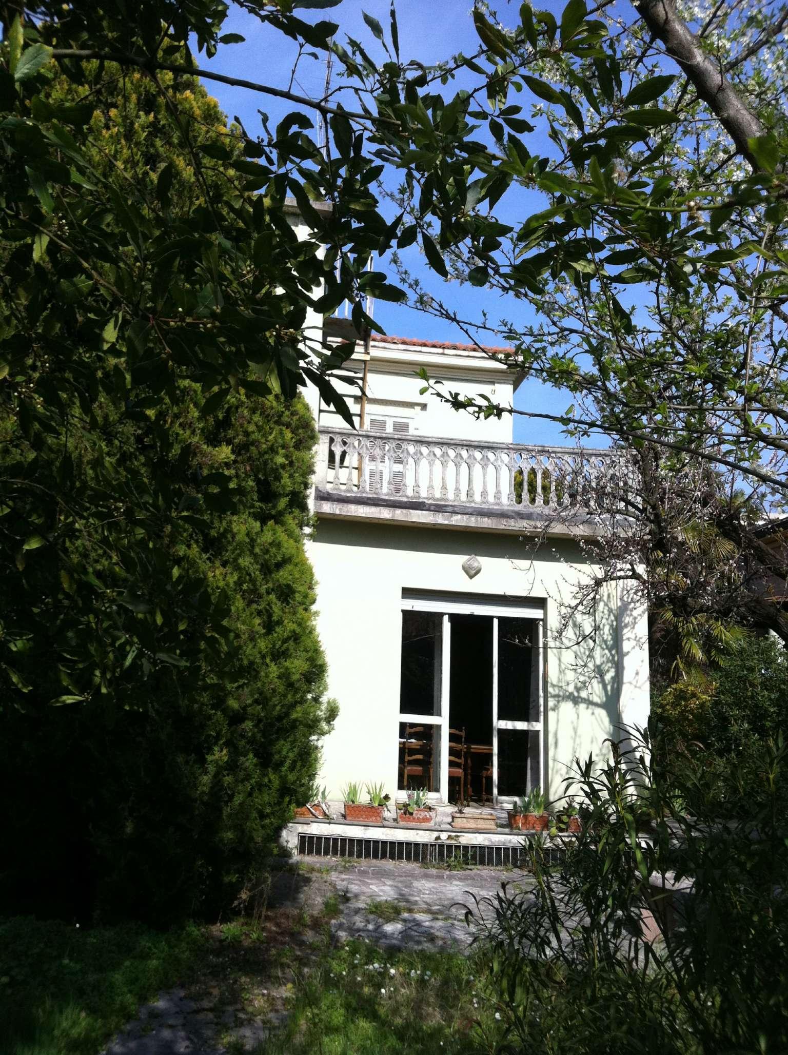 Villa in vendita a Fano, 6 locali, prezzo € 700.000 | Cambio Casa.it