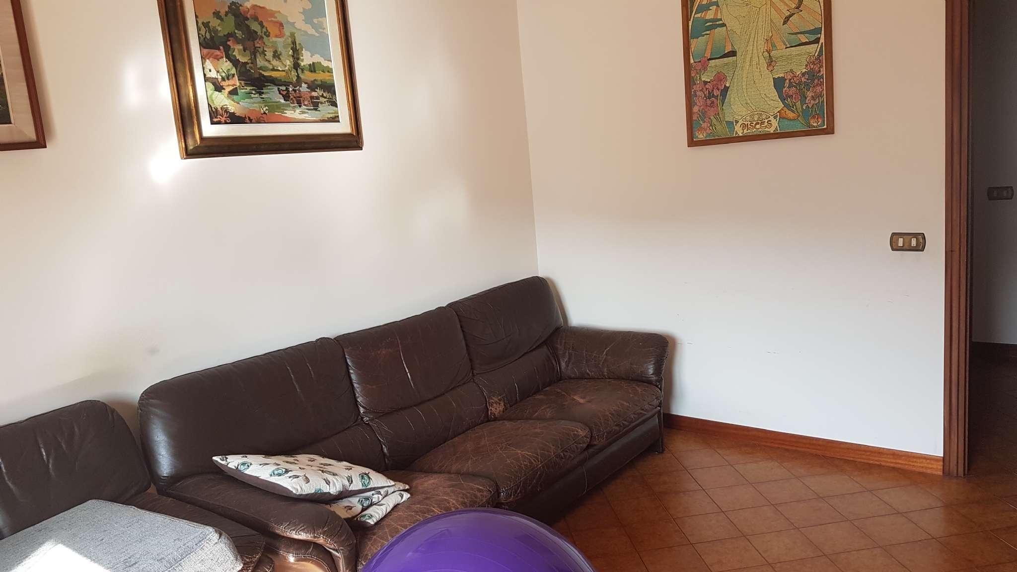 Appartamento in vendita a Vaiano, 5 locali, prezzo € 210.000 | Cambio Casa.it