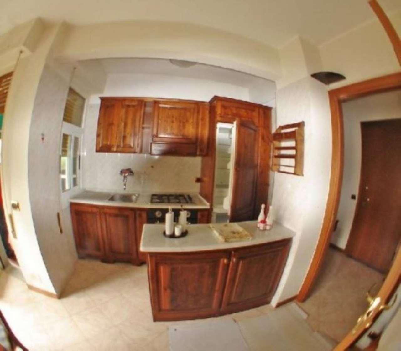 Appartamento in affitto a Recco, 6 locali, prezzo € 700 | Cambio Casa.it