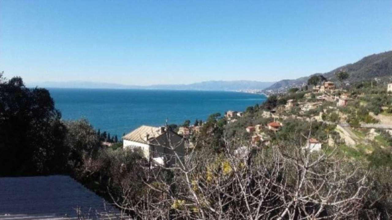 Appartamento in vendita a Camogli, 5 locali, prezzo € 325.000 | Cambio Casa.it