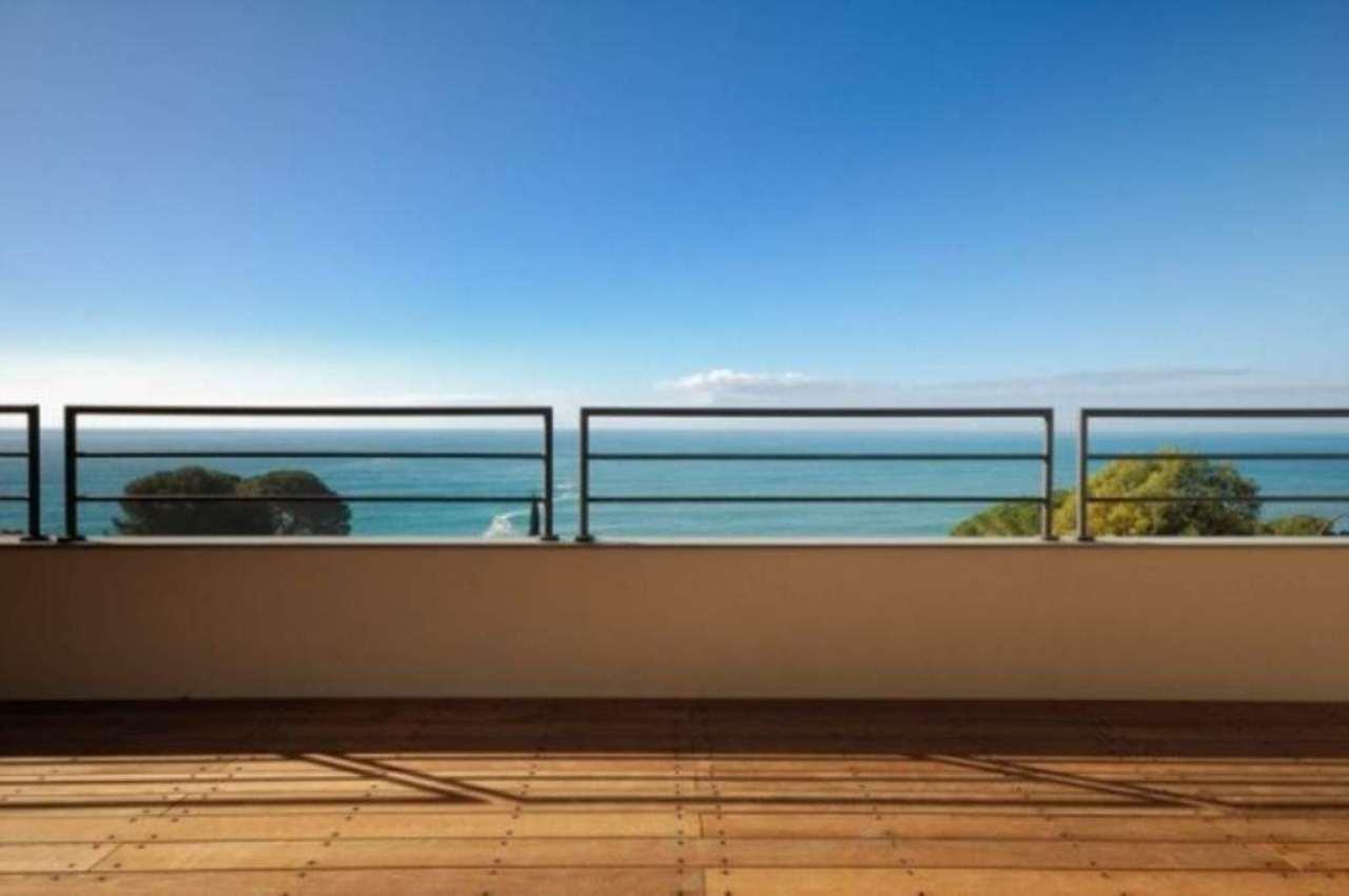 Appartamento in vendita a Camogli, 6 locali, Trattative riservate | Cambio Casa.it