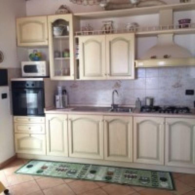 Appartamento in vendita a Uscio, 6 locali, prezzo € 165.000   Cambio Casa.it