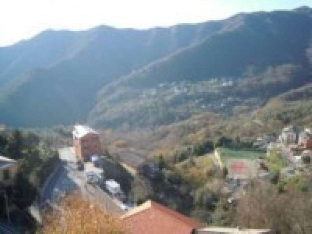 Appartamento in vendita a Uscio, 6 locali, prezzo € 130.000 | Cambio Casa.it