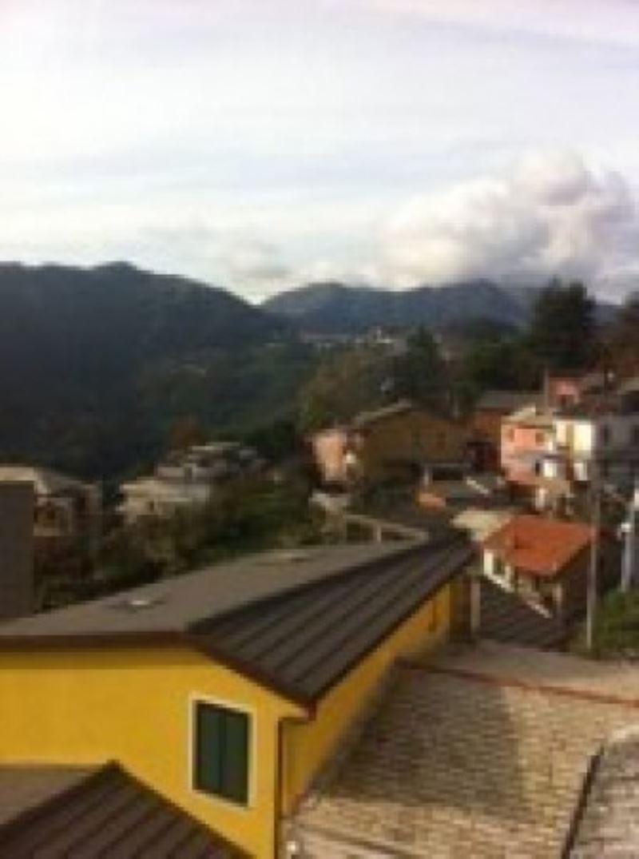 Appartamento in vendita a Uscio, 5 locali, prezzo € 50.000 | Cambio Casa.it