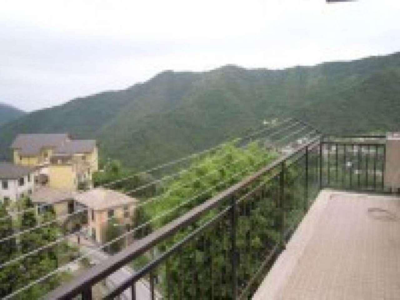 Appartamento in vendita a Uscio, 5 locali, prezzo € 95.000 | Cambio Casa.it