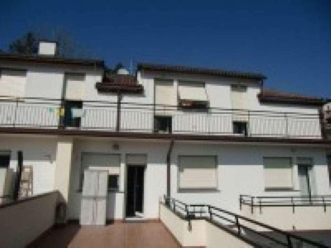 Appartamento in vendita a Uscio, 6 locali, prezzo € 190.000 | Cambio Casa.it