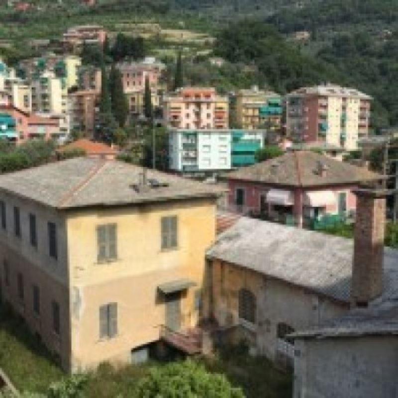 Appartamento in vendita a Recco, 4 locali, prezzo € 140.000 | Cambio Casa.it