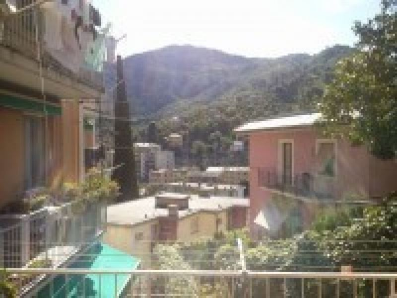 Appartamento in vendita a Recco, 6 locali, prezzo € 170.000 | Cambio Casa.it