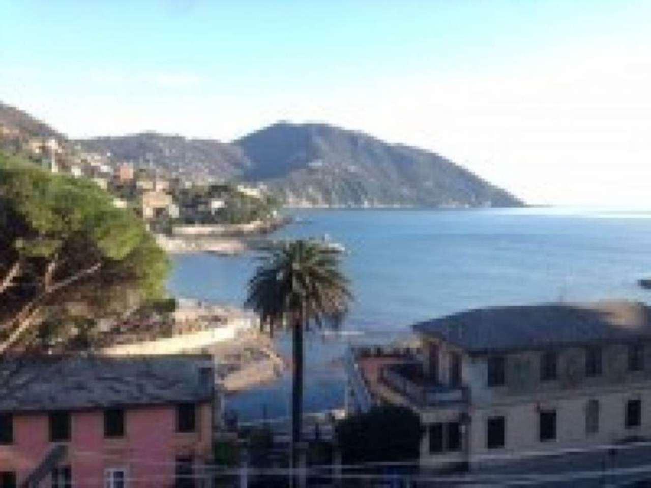 Appartamento in vendita a Recco, 6 locali, prezzo € 225.000   Cambio Casa.it
