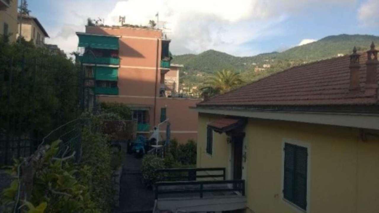 Appartamento in vendita a Recco, 6 locali, prezzo € 385.000 | Cambio Casa.it