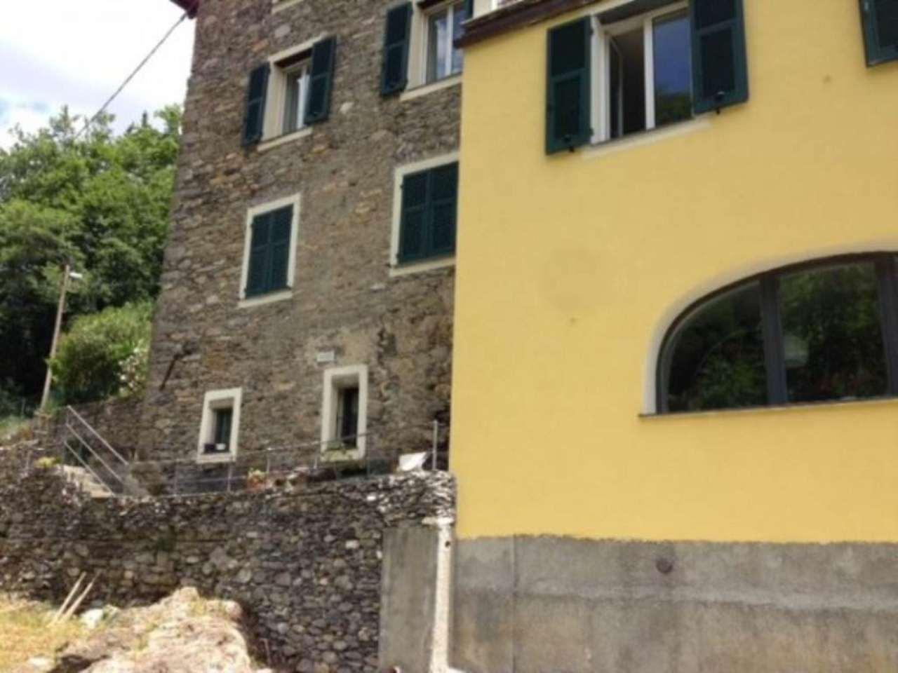 Soluzione Indipendente in vendita a Avegno, 5 locali, prezzo € 165.000 | Cambio Casa.it