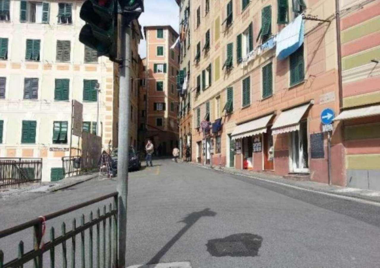 Appartamento in vendita a Camogli, 6 locali, prezzo € 320.000 | Cambio Casa.it