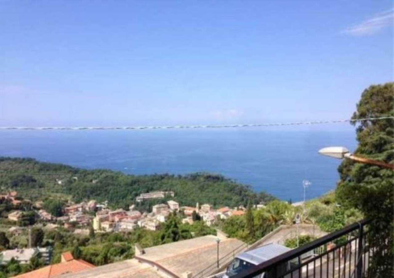 Appartamento in vendita a Camogli, 6 locali, prezzo € 380.000 | Cambio Casa.it