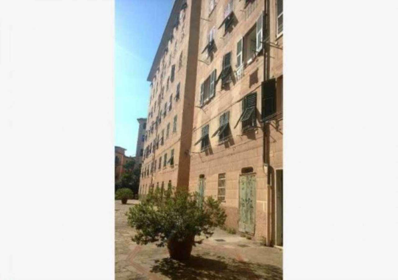 Appartamento in vendita a Camogli, 5 locali, prezzo € 280.000 | Cambio Casa.it