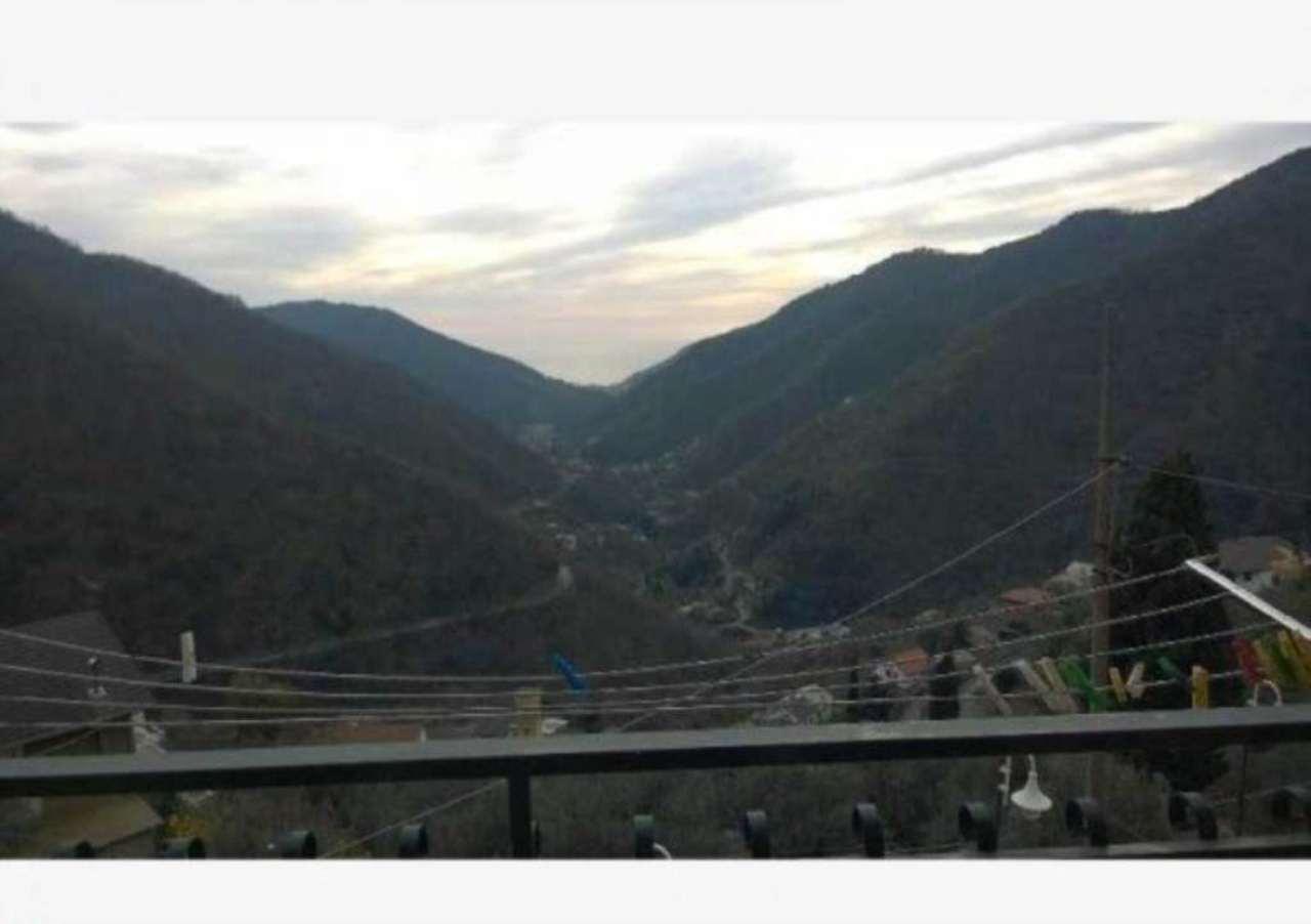 Soluzione Semindipendente in vendita a Avegno, 6 locali, prezzo € 320.000 | CambioCasa.it